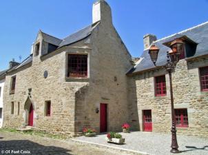 ensemble-musee-maison-commune_ot-pont-croix-xl
